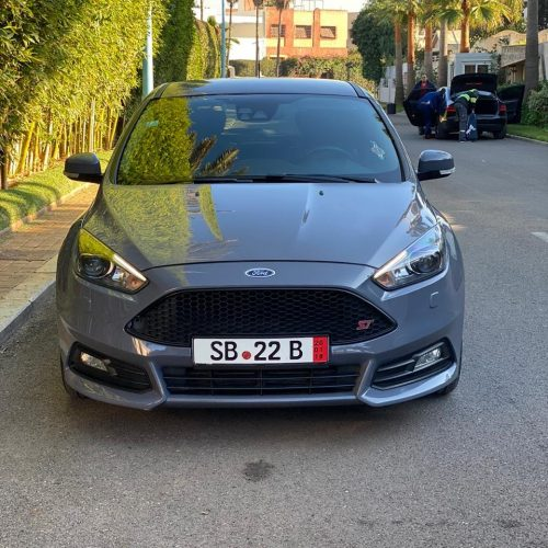 Annonce: Ford Focus ST full options Essence